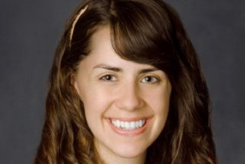Lauren's LinkedIn Picture