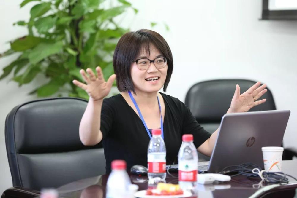 Professor Liang LUO