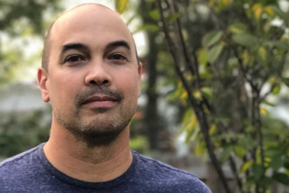 The multi-awarded novelist and poet Jon Pineda recently joined William & Mary as Assistant Professor