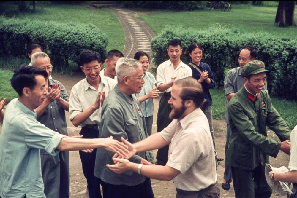 Visiting the newly reopened Beijing University, July 6, 1971 (Source: Xi Chen,