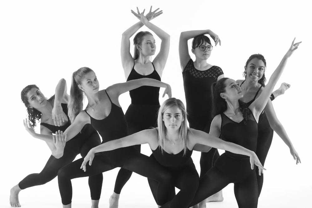 students, indoors, inside, people, arts, dance, stages, pbk, phi beta kappa