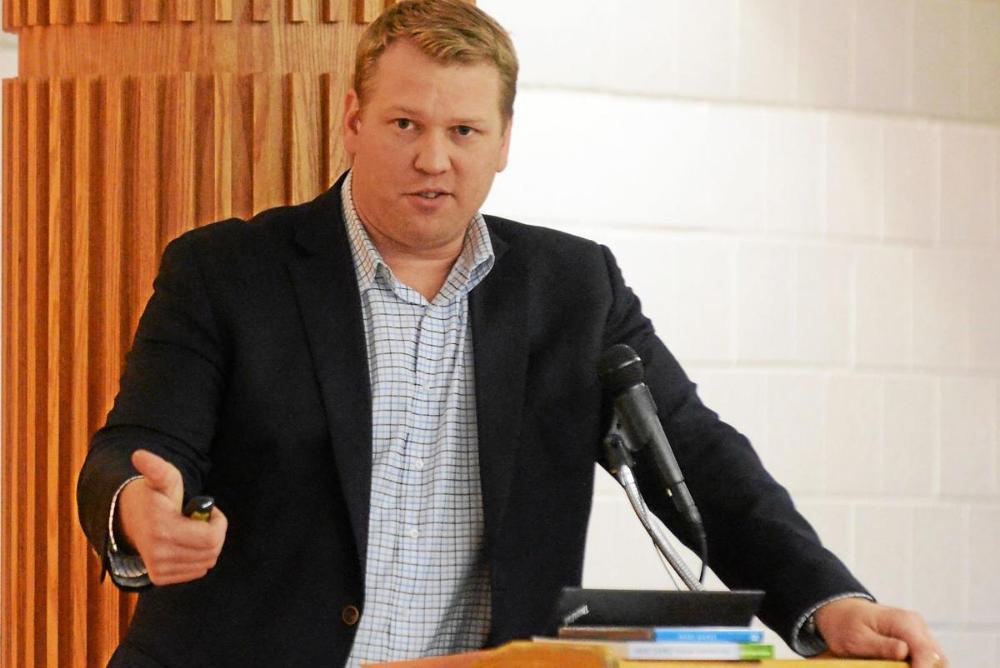 Dr. Chris Nowinski (Speaker)