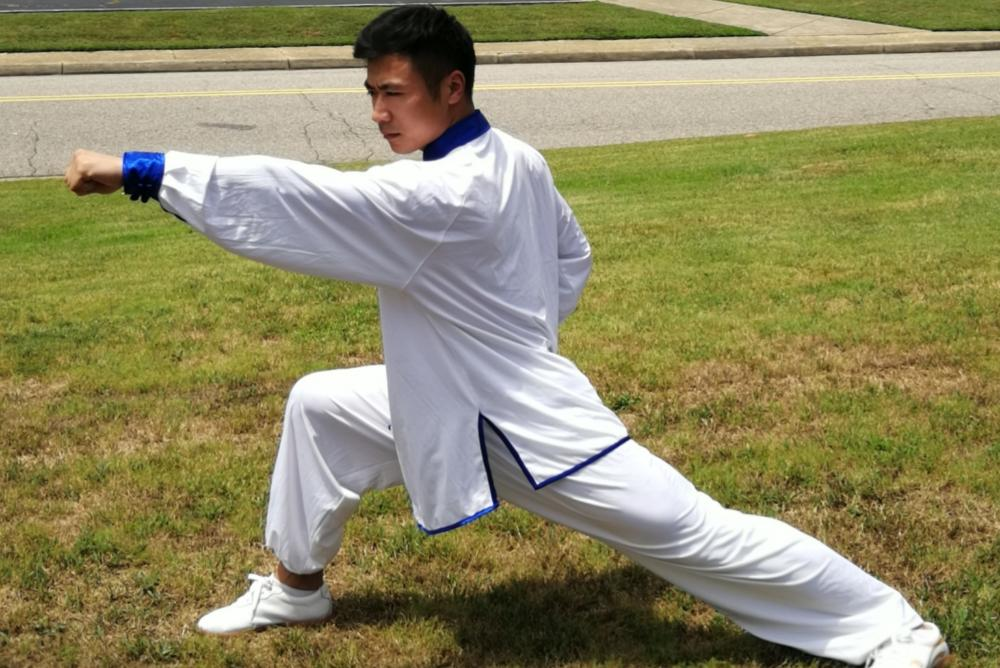 Instructor Xiusen Pan demonstrating the long-range capabilities of Changquan