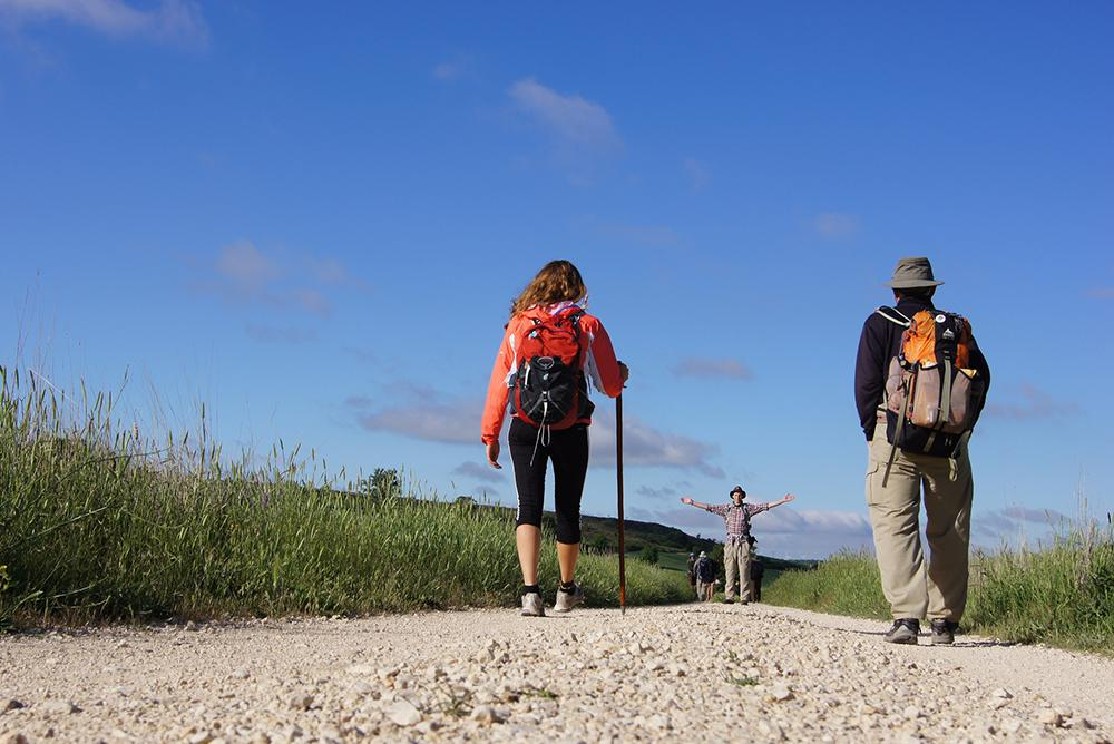 students, faculty, outdoors, outside, people, paths, walks, walking, camino, camino de santiago