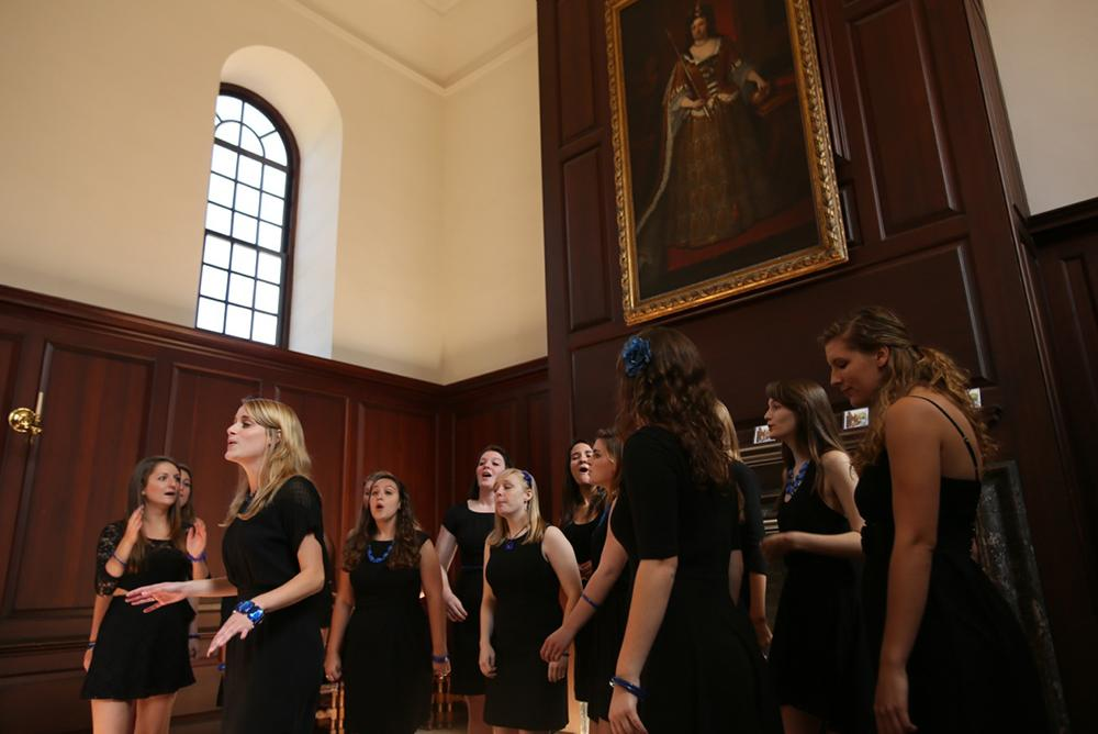 students, indoors, inside, people, arts, music, a cappella, wren, great hall