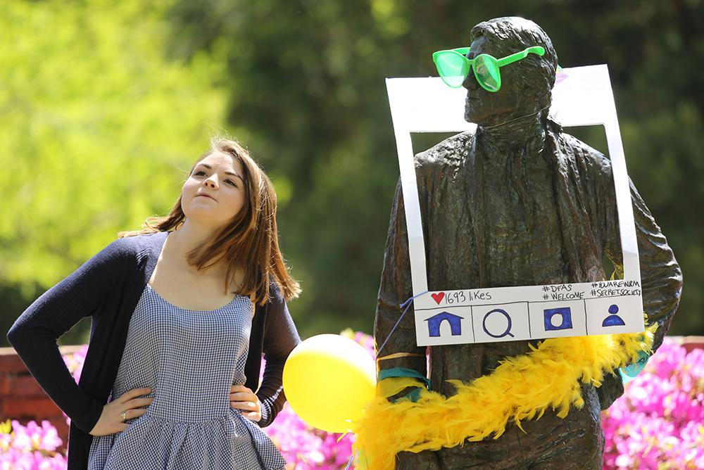 students, outdoors, outside, people, statue, thomas, jefferson, tj, spirit, balloons, spring, dfas,