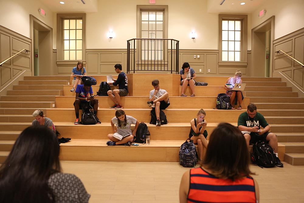 students, indoors, inside, computers, tucker
